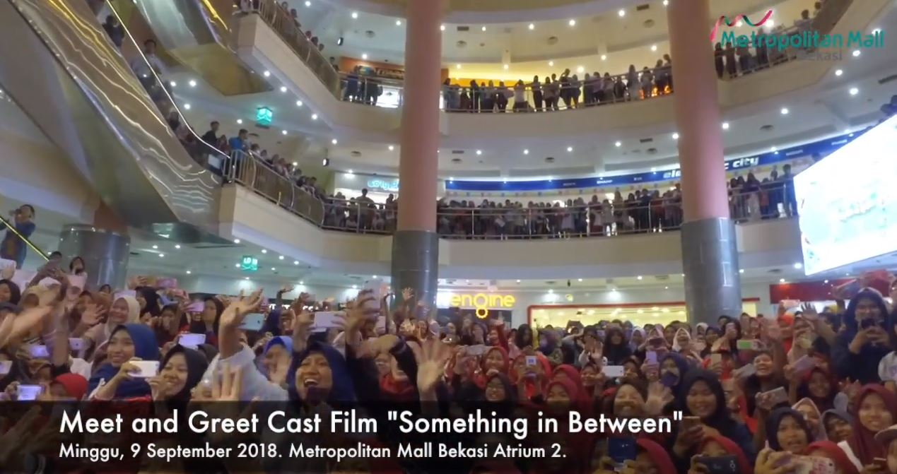 Meet and Greet Something in Betweeen with Jefri Nichol dan Amanda Rawless