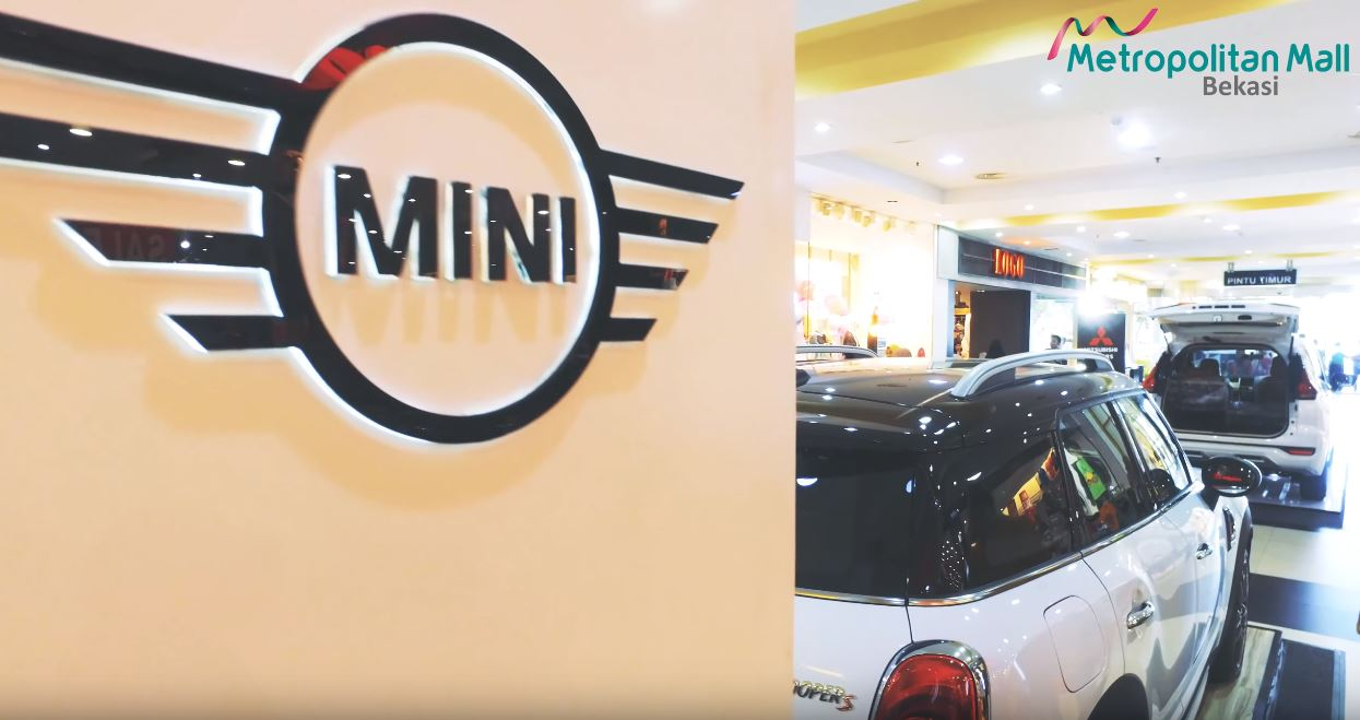 Mini Cooper Exhibition