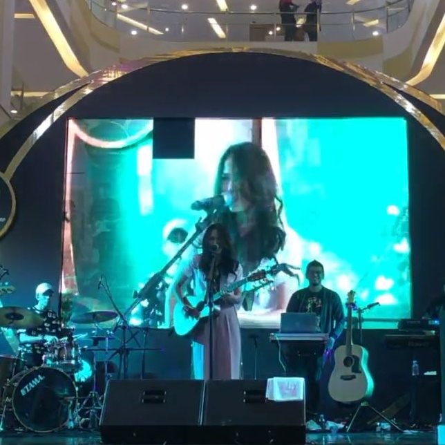 Special Performance by Sheryl Sheinafia